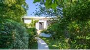 Villa d'Architecte à Vendre à Marnes-la-Coquette