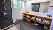 Salle-d-eau Maison d'Architecte d'exception à vendre à Marnes-la-Coquette