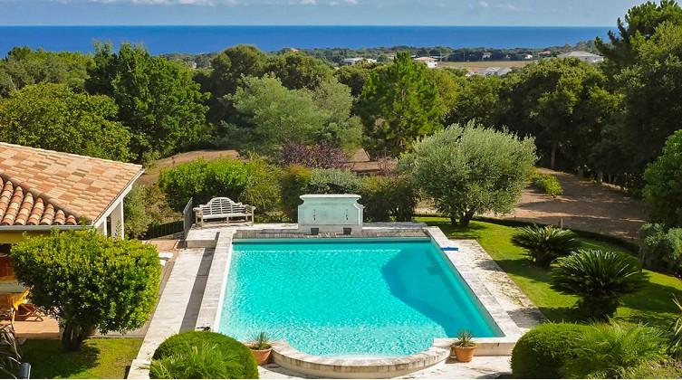 Domaine avec vue mer en Haute-Corse
