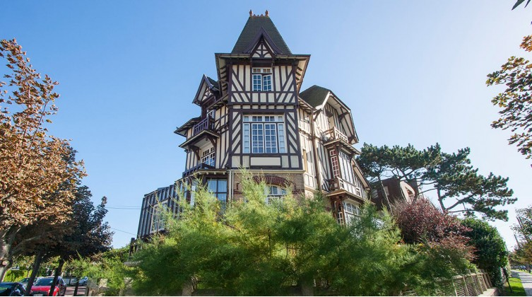 Real town centre house in Le Touquet