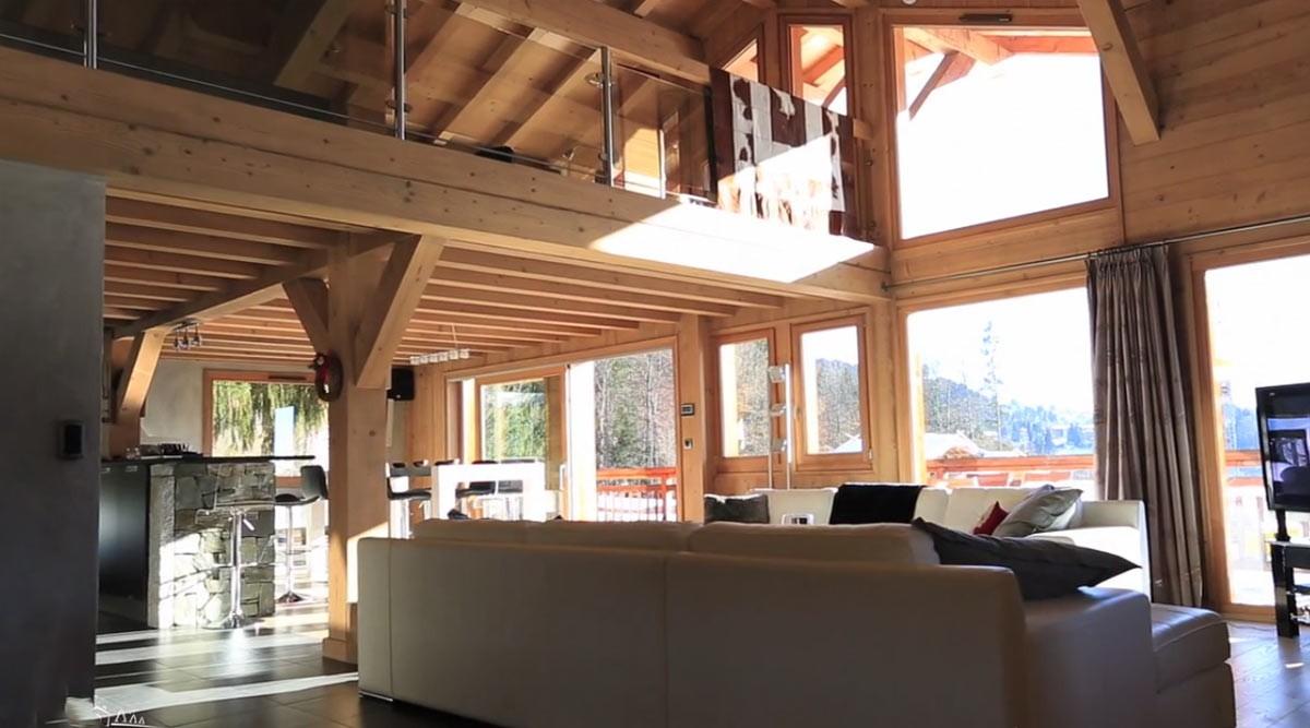 Luxuriöse, moderne Villa mit Blick auf den Aravis