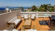 Terrasse avec vue baie de Marseille