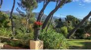 """Villa à Vendre à Marseille """"Les Accates"""" : le Jardin Paysager"""