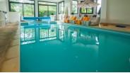 Maison de charme  avec piscine intérieure